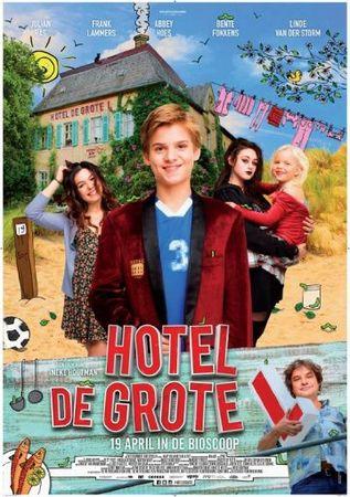 Смотреть фильм Фантастический семейный отель