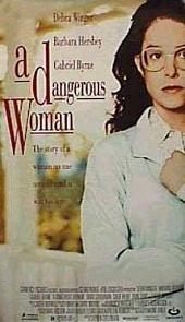 Смотреть фильм Опасная женщина
